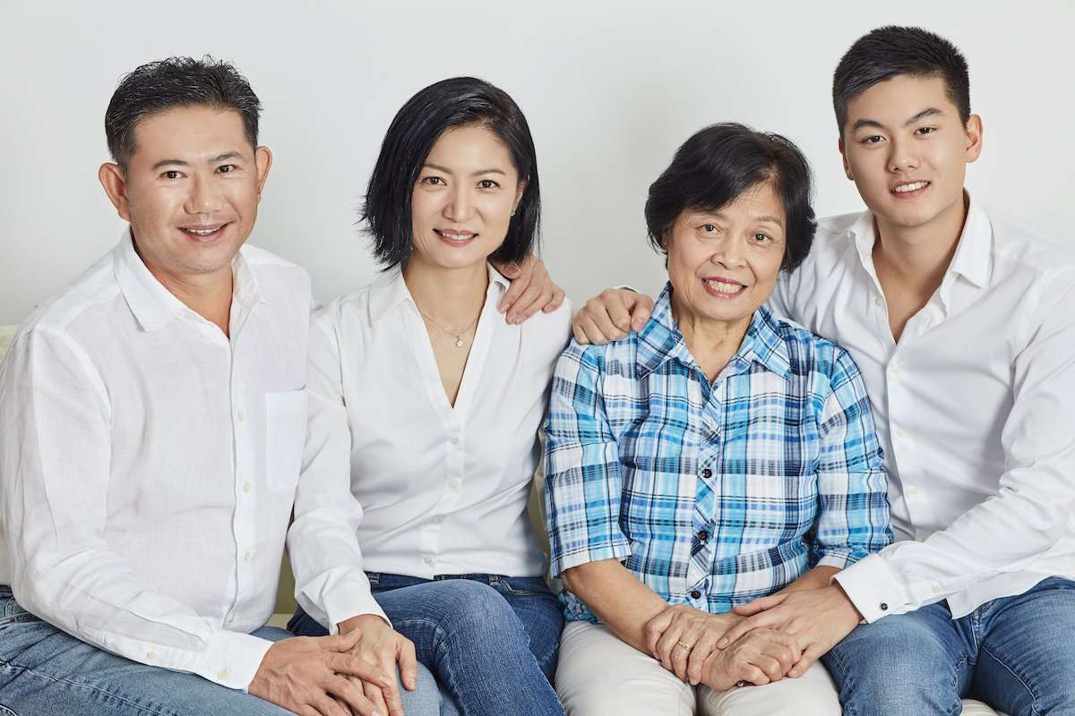 Photograph of an Asian family with 3 generations, by AsiaPhoto photographer Lance Lee.